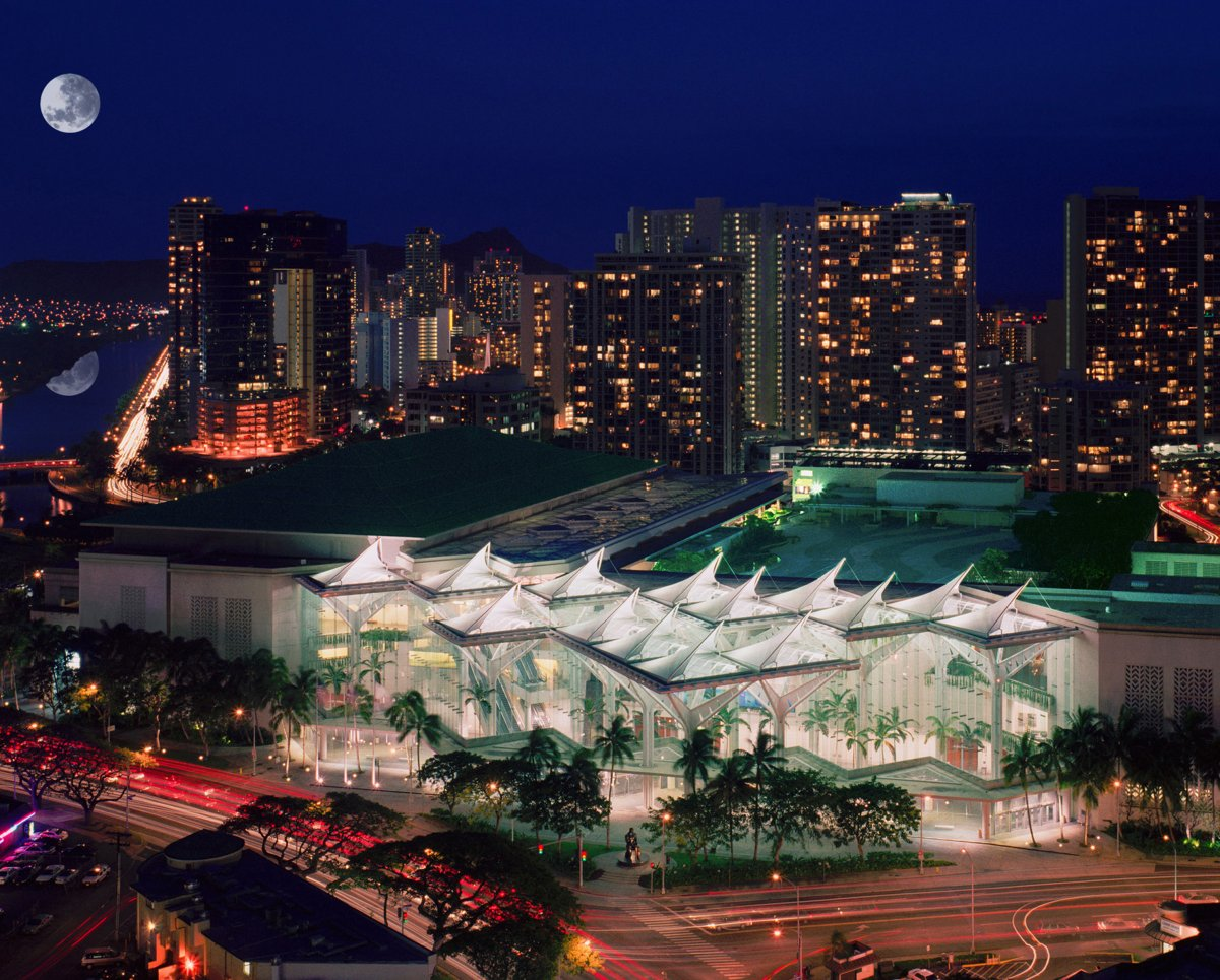 Exterior Image of Hawaii Convention Center at night