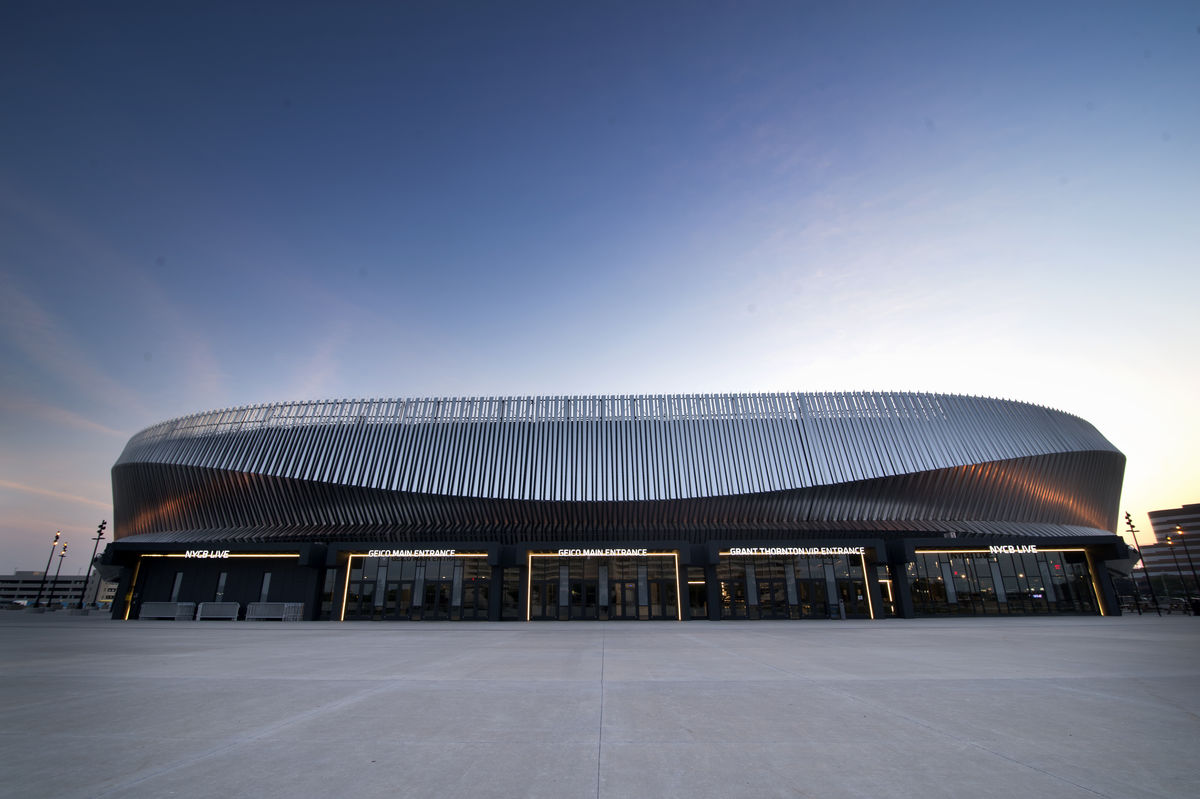 Exterior image of Nassau Veterans Memorial Coliseum