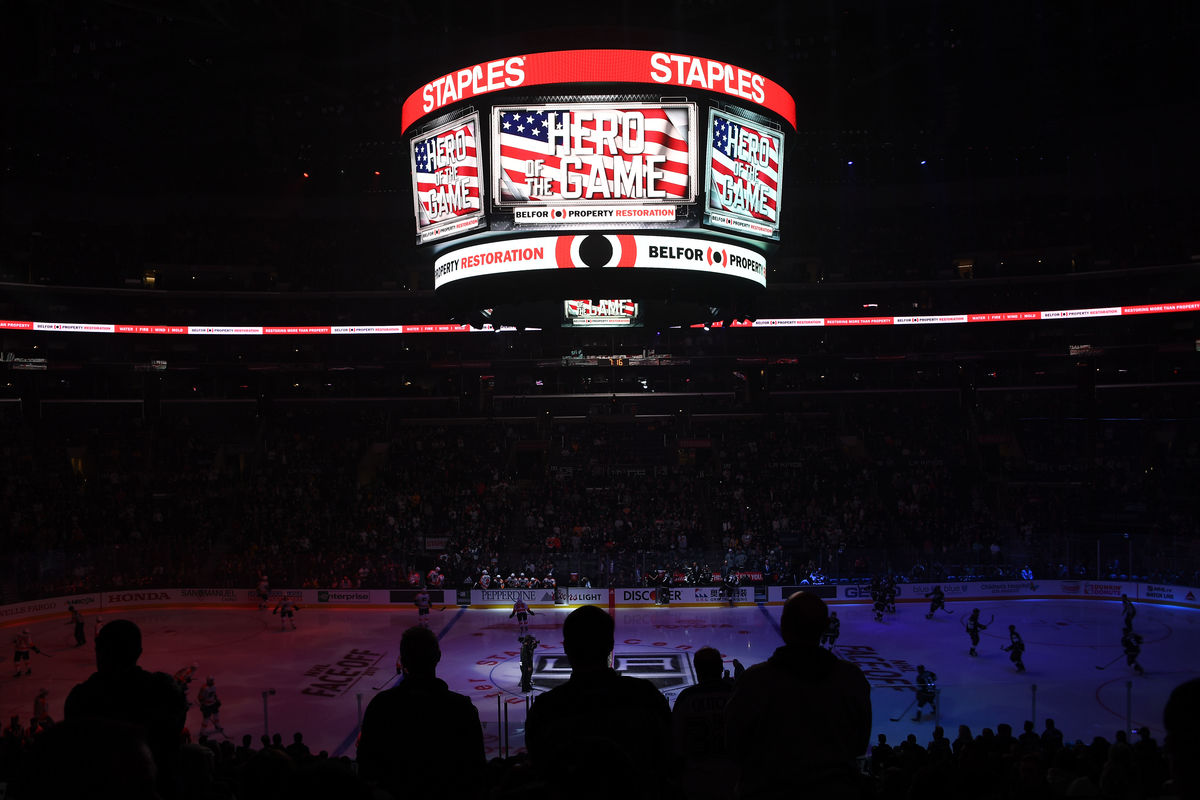 LA Kings and BELFOR collaborate to honor veterans through 'Hero of the Game' initiative. (Photo curtesy of AEG)