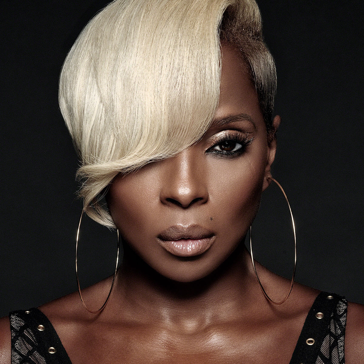 Photo of Grammy Award winner Mary J. Blige who is part of the Grand Opening lineup for the newest Entertainment and Sports Arena in DC.
