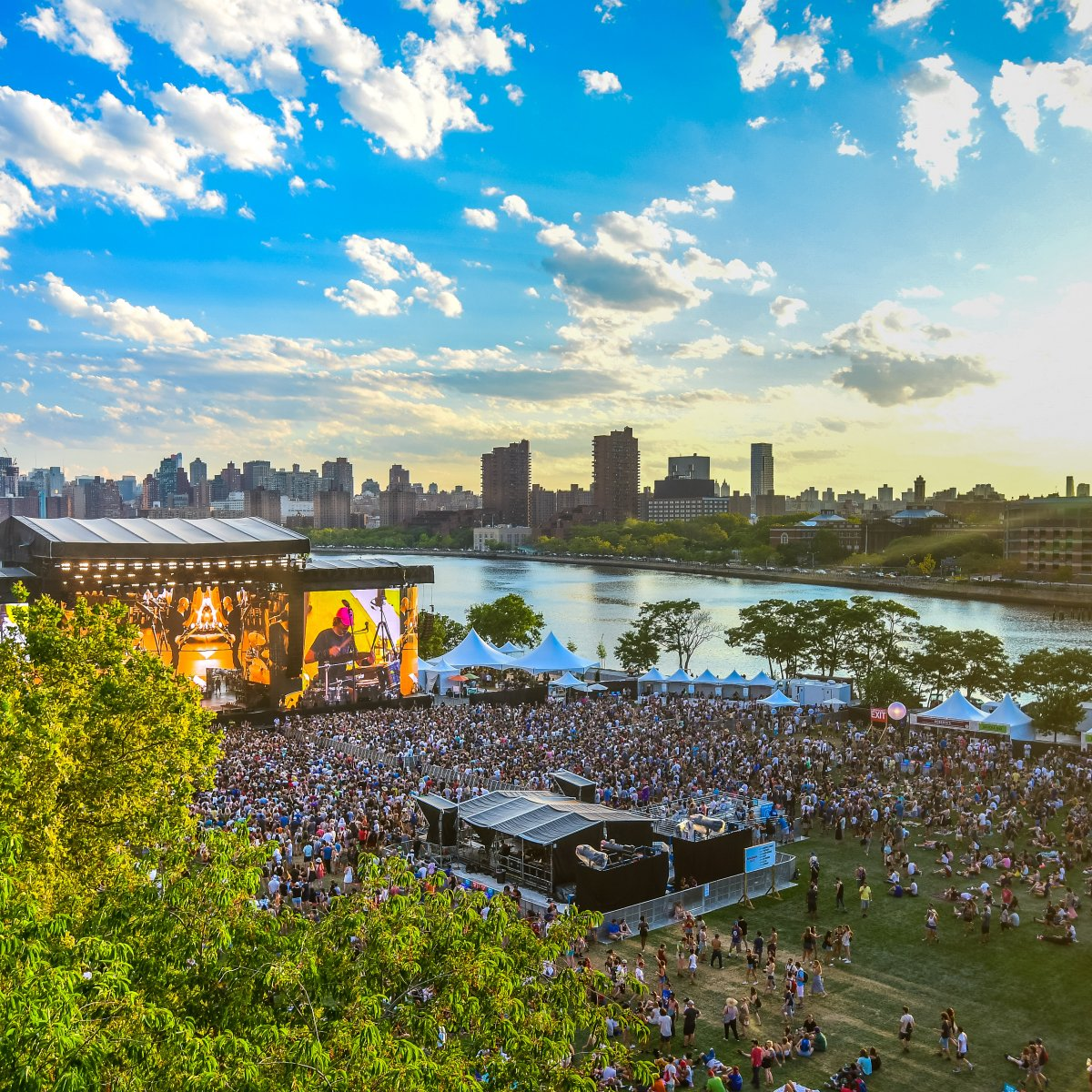 Aerial image of Panorama festival and the NY city skyline