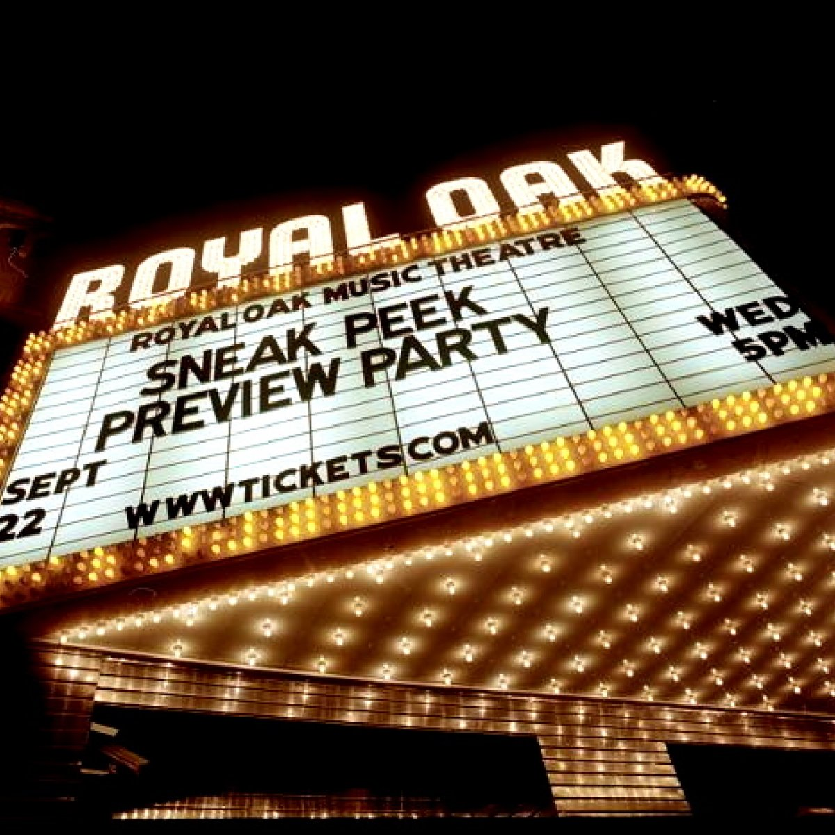Exterior image of Royal Oak Music Theatre marquee